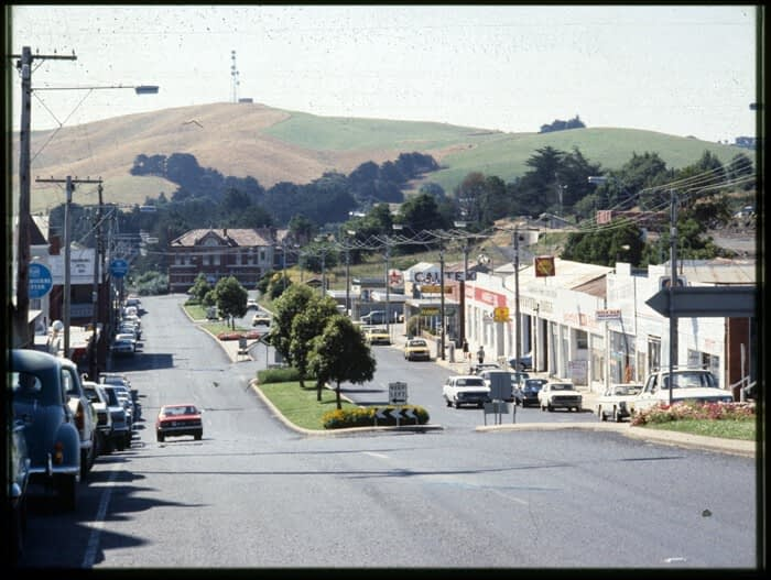 Korumburra Commercial St 1979