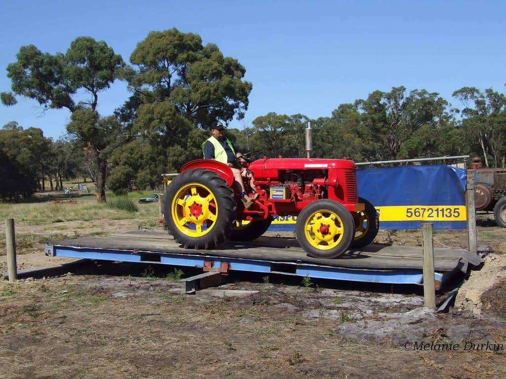 vintage tractor image